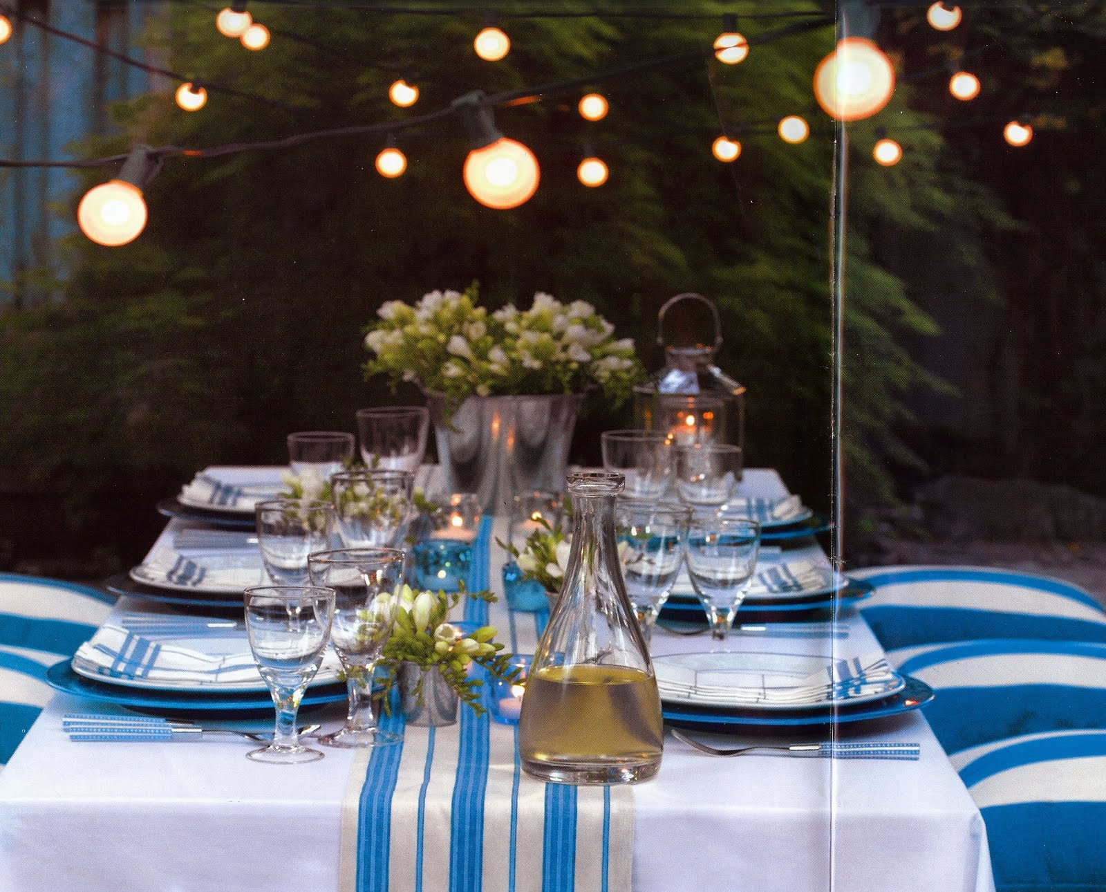 7 Quick Ideas for Outdoor Decorating: Guest Post ... on Backyard Table Decor id=30759