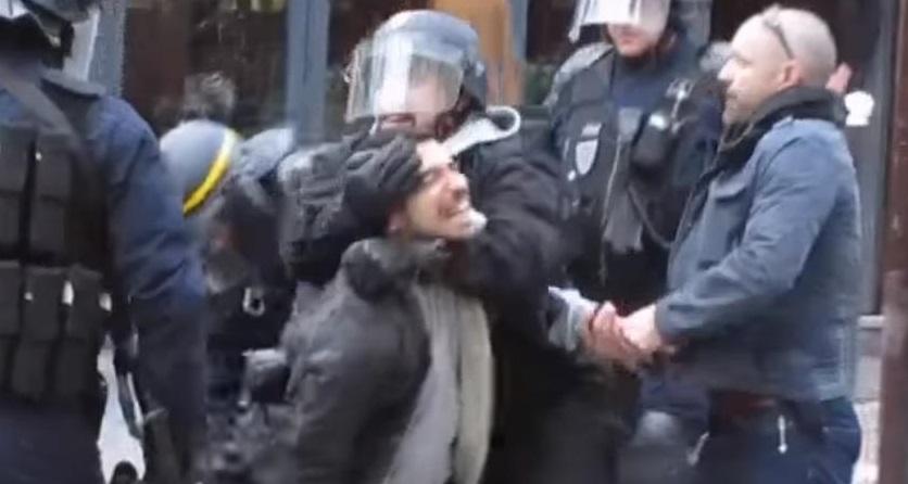 """Résultat de recherche d'images pour """"benalla violence"""""""