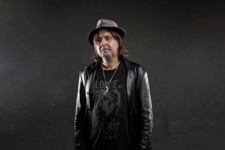 """Phil Campbell on Lemmy, Amphetamines, New Band With """"Bastard"""" Sons 