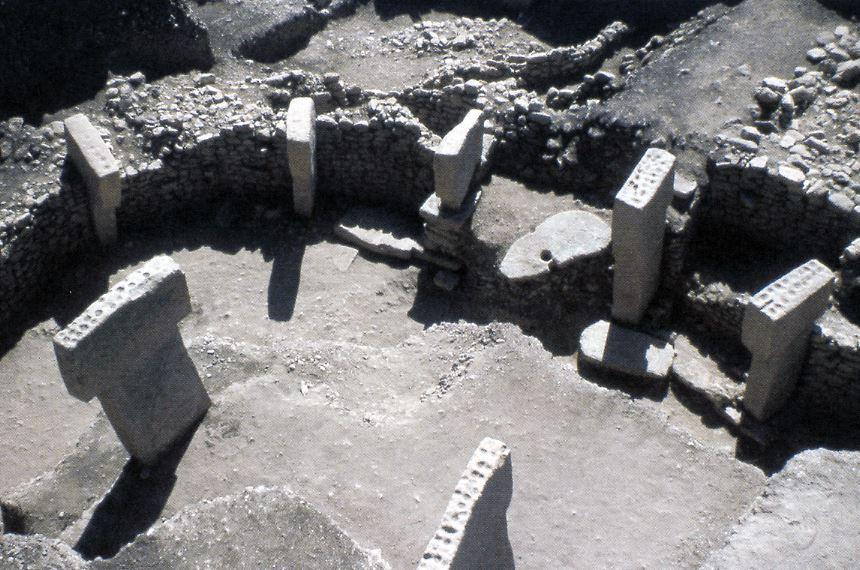 Nouvelle Acropole - Gobekli Tepe - piliers en T