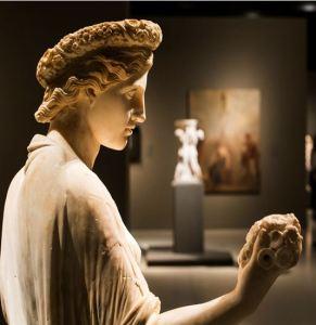 272. dames romaines