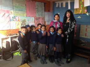 lFrappé par le drame, j'ai recherché des contacts en vue de réaliser une action humanitaire au Népal