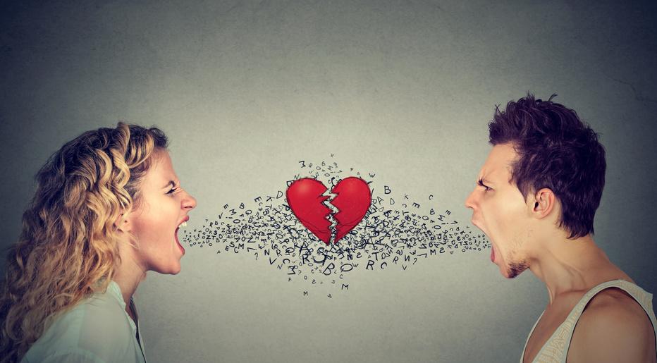 """La haine anesthésie les perceptions fines qui nous font voir en notre prochain """" un individu et non une essence """"."""