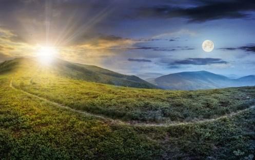 Chaque soir, le jour décline et fait place à la nuit