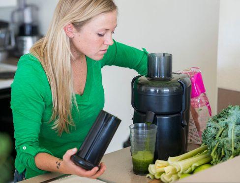 Utilisez un extracteur de jus plutôt qu'une centrifugeuse.