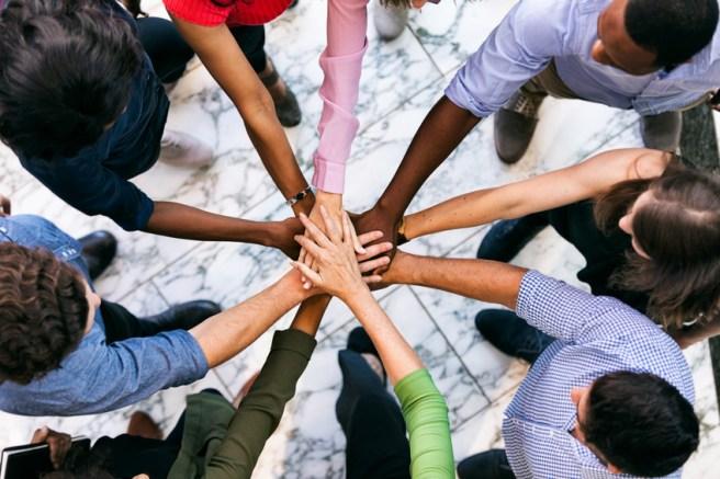 Tous les êtres humains font partie de la même humanité. L'unité dans la diversité.