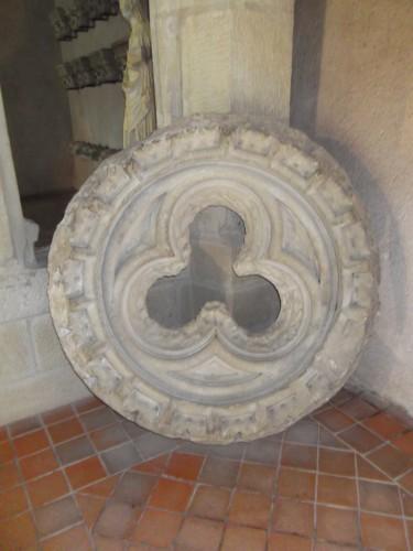 Fig 2 : Oculus trilobé (XIVe siècle ? – salle des arcades)