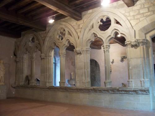 Fig 4 : « Arcades » de la maison Grassalio (XIVe siècle – salle des arcades)