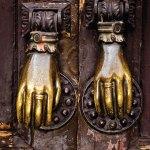 Tocando a las puertas de tu corazón (Xela) —Juan Pablo Méndez G. flickr.com/juanpa92