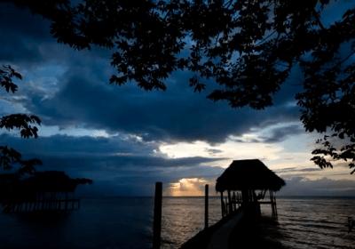 Time-lapse video: Sunset at Lake Izabal
