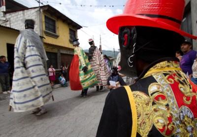 Gallery of Los Patojos Gigantes Project by Nelo Mijangos