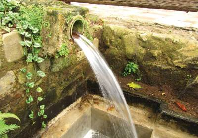 Vibrant running water (photo: Rudy Girón)