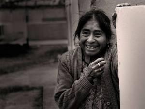 Posición/Position: 2do lugar / 2nd place Premio: Piza papel de Jades Xibalbá Tema/theme: Los Mayas / The Maya Título/title: Sonrisa maya Lugar/place: Altiplano guatemalteco Autor/author: Tono Valdes M. Web: www.tonovaldes.com