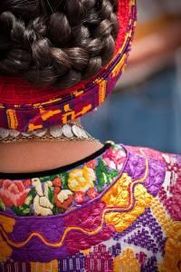 Posición/Position: 1er lugar / 1st place Premio: 1 vale por Q250 para comer en Mesón Panza Verde Tema/theme: Los Mayas / The Maya Título/title: Paisaje Textil de Xelajú Lugar/place: Quetzaltenango Autor/author: Pablo Méndez Garzona Web: www.flickr.com/pablomg/