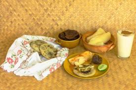 Posición/Position: 1er lugar / 1st place Premio: 1 vale por Q300 para comer en El Sereno Tema/theme: Comida guatemalteca / Guatemalan food Título/title: Desayuno Chiquimulteco Lugar/place: Chiquimula, Guatemala Autor/author: Gilberto José Ramírez