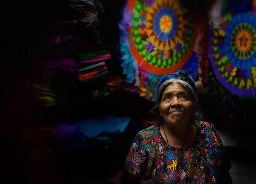"""""""Volando como barrilete"""" www.tonovaldes.com Prize: Q100"""