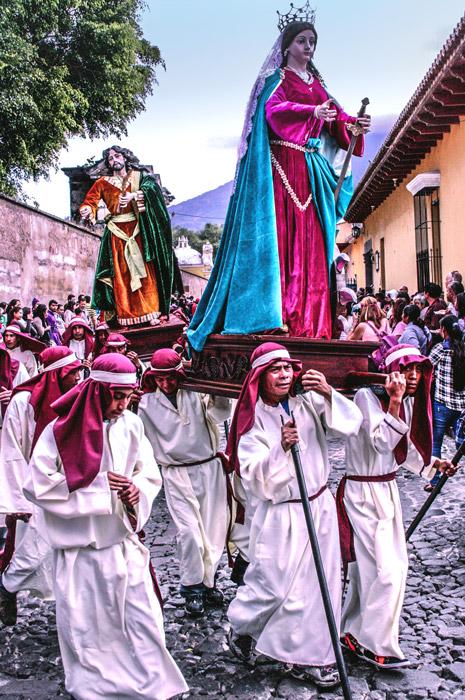 Procession from Santa Catarina Bobadilla