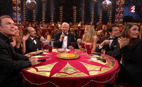 Patrick Sébastien dans son émission, le plus grand cabaret du monde