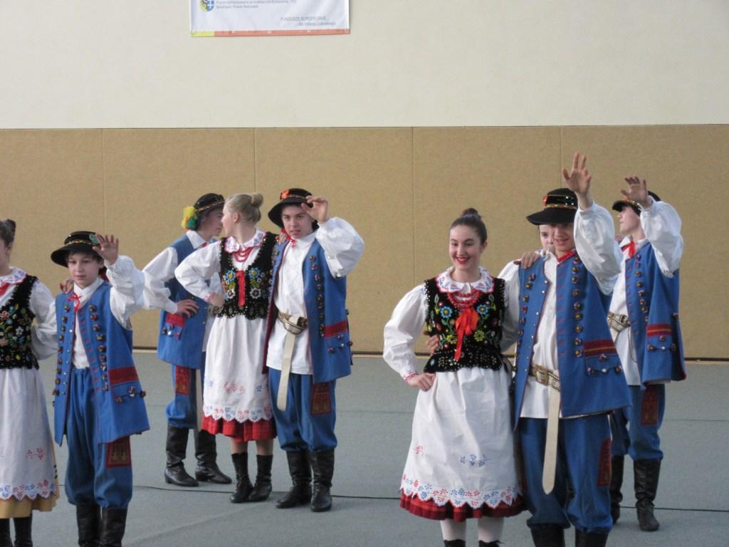 17 Students dancing traditional dances