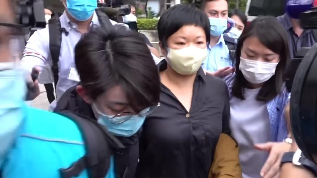 多名民主派议员批评,警方拘捕《铿锵集》编导蔡玉玲,是打击新闻自由及压制传媒调查7.21事件的真相。(视频截图)