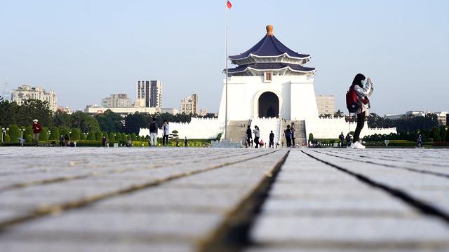 台湾规划移除蒋介石纪念堂铜像