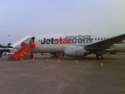 Máy bay của hãng JetStar Pacific. Photo courtesy of JetStar Pacific.