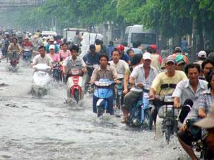 """""""Vùng rốn lũ trong đô thị"""". Vietnamnet"""