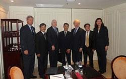 us-senators-met-vn-dissidents-2012-250.jpg