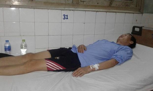 Anh Trịnh Văn Toàn bị đánh chấn thương sọ não đang được điều trị ở bệnh viện ở Sài Gòn hôm 17/6/2018.