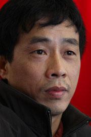 Nhà thơ - nhà văn Nguyễn Bình Phương. Ảnh: Nguyễn Đình Toán/thethaovanhoa.vn