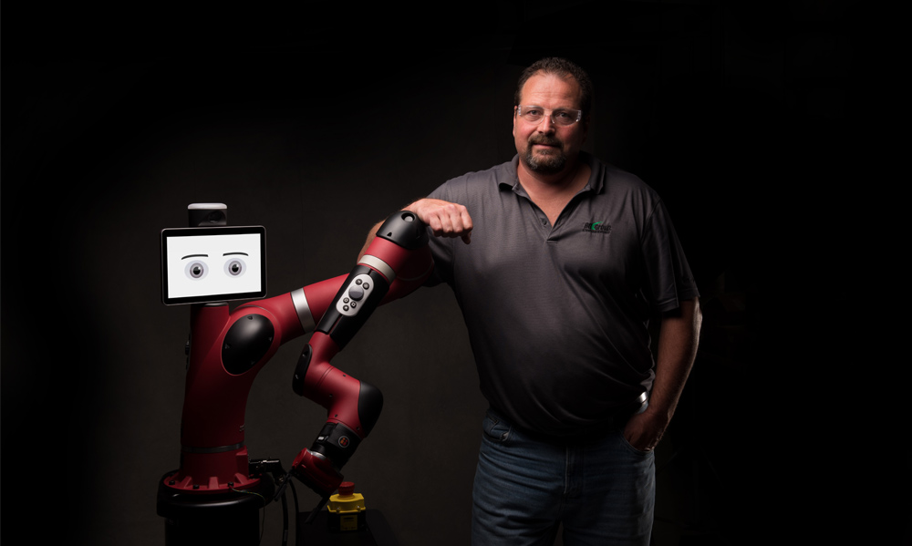 The Pros and Cons of Cobots vs. Industrial Robots