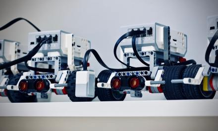 Industrial Robotics in the Workplace: The Top 5 Advantages