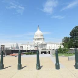 ナショナル・モールを歩いたときに見かけたアメリカ合衆国議会議事堂。