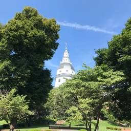 メリーランド州会議事堂はちょっとした丘の上にありました。