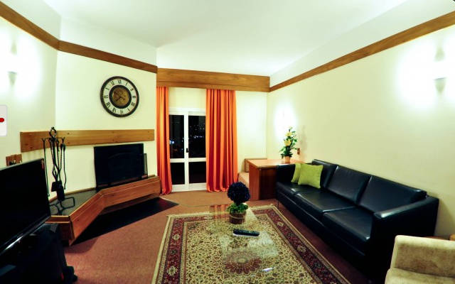 hotel-continental-suite-master