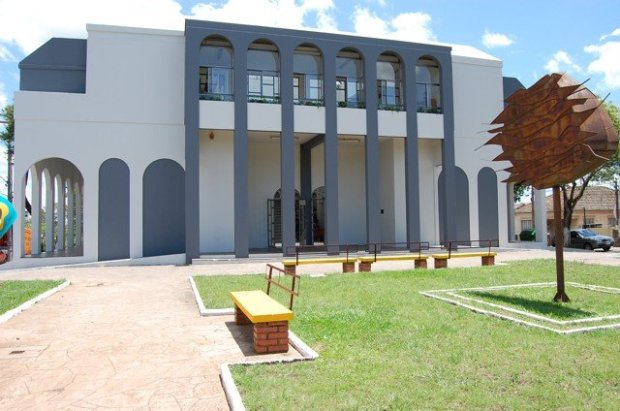 biblioteca-municipal-santa-maria01