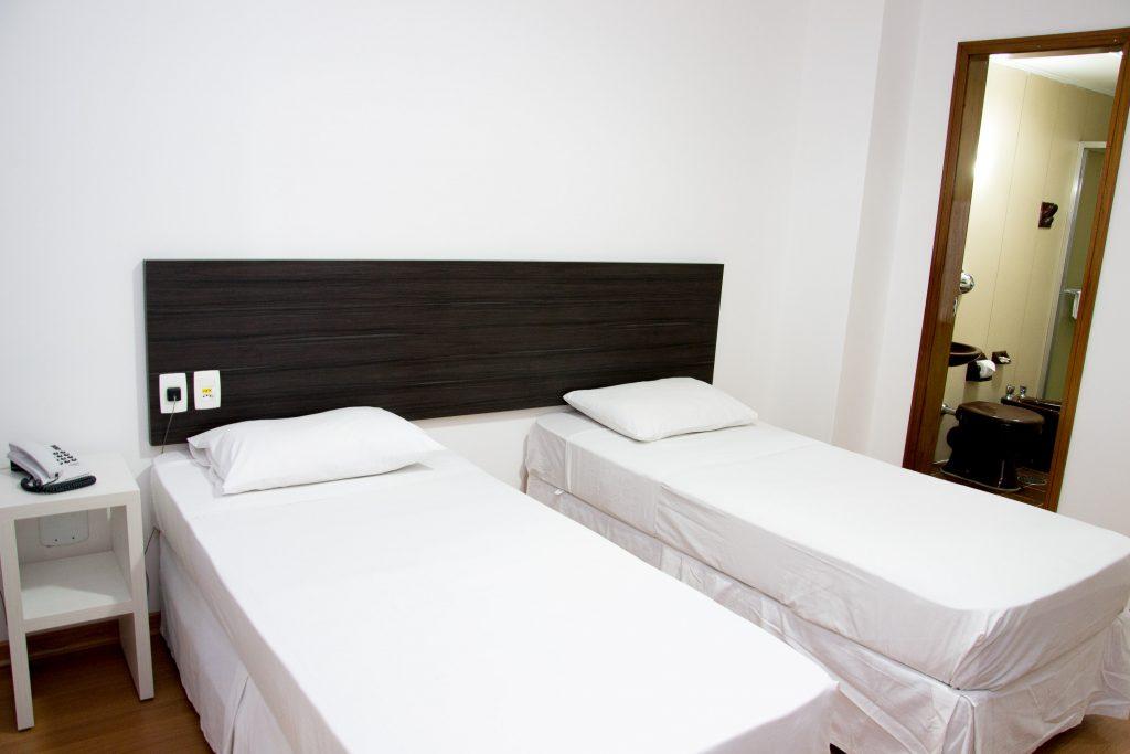 02-hotel-ornatus-porto-alegre-quarto-duplo