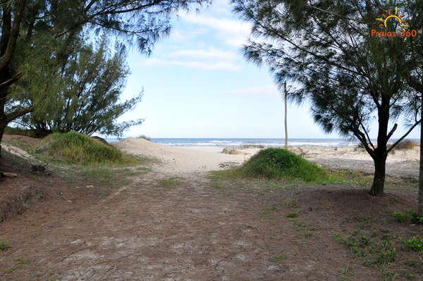 rs-arroio-do-sal-praia-torres-do-sul-030