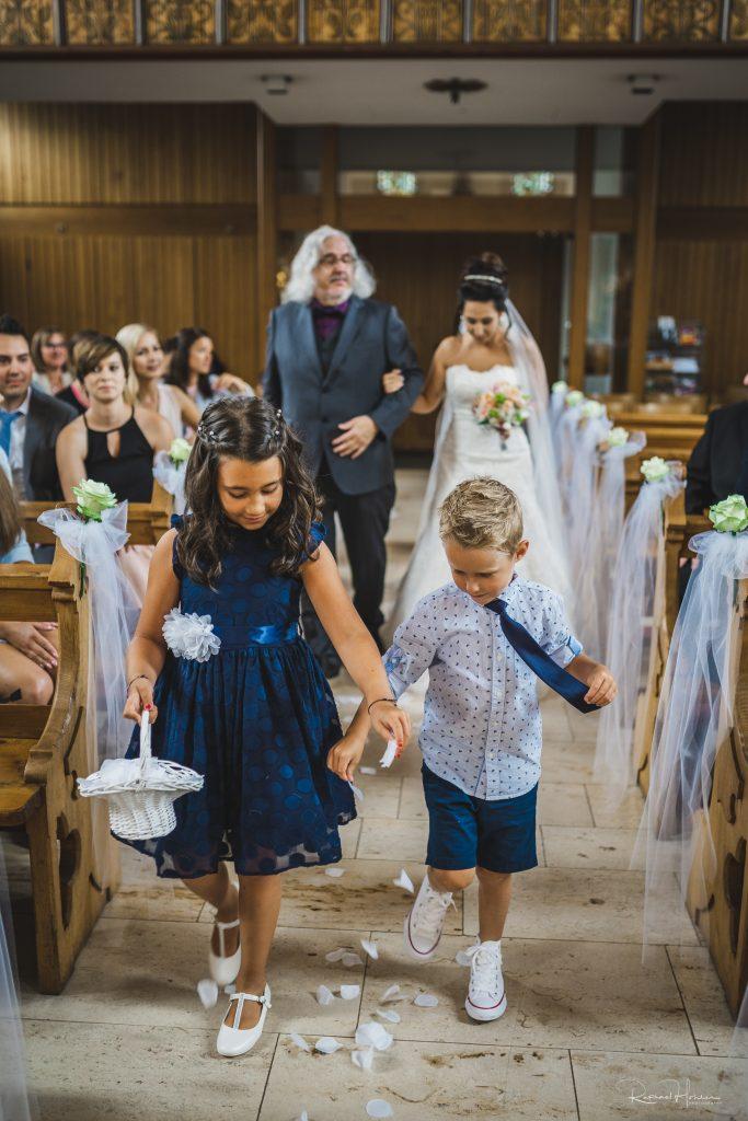 Remo und Aina 34 683x1024 - Hochzeit Aina und Remo