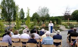 Bestattungsgarten Rede