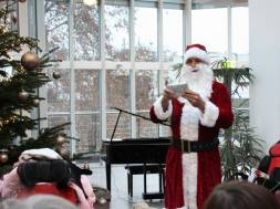Weihnachtsfeier_HSKSU_fuer_Kinderheim_Ehmann