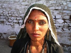 bedouin woman amber eyes rh negative