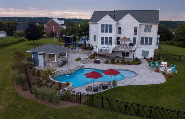 pool-builder-howard-county