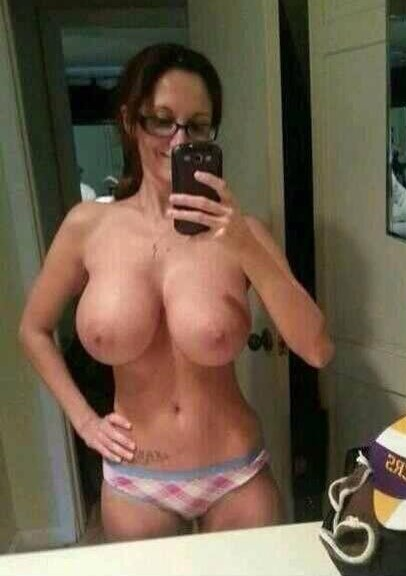 Nackt selfie mom Your dirty