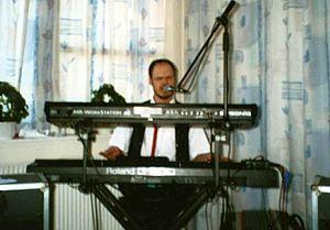 René H. Nielsen med keyboard
