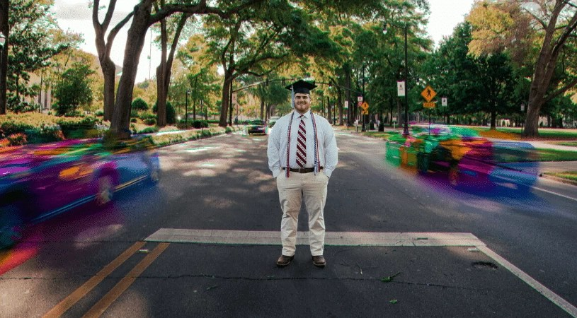 When engaging alumni, the two most popular ways we think of are asking alumni for donations and reunions. However, it is important to know that your alumni are looking for more than just being asked for money and hanging out with former classmates. Alumni can be an important ongoing part of your school's community, including interacting with current students. These 5 ways will help you to engage your alumni on a deeper level.