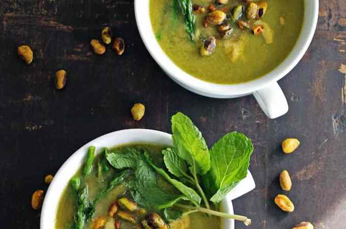 Vegan asparagus soup with pistachio cream