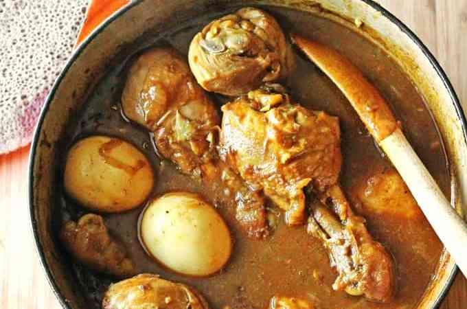 Doro wot: Ethiopian chicken stew
