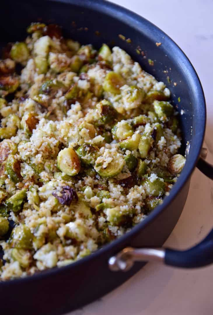 Brussels sprout cauliflower rice + 15 Farmers market recipes to try this November! Delicious, autumn recipes made with fresh, seasonal produce from your local farmers market or CSA bin. Eat local!