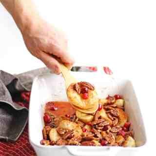 Maple pecan fall fruit bake